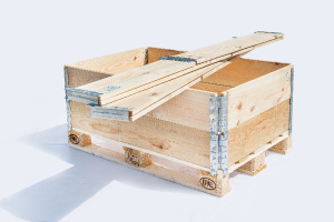 wooden-pallet-collars-picture-1